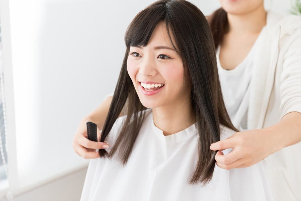 髪のボリュームを抑える方法②